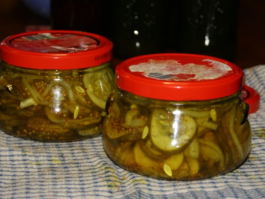 Bread & Butter Pickled Cucumbers