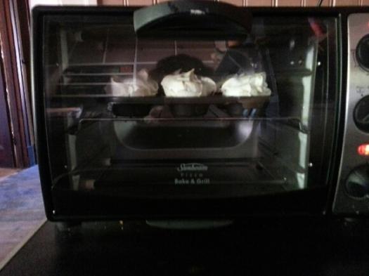 Mini pavs in oven