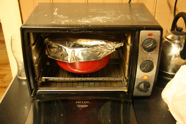 Dutch Oven in Toy Oven