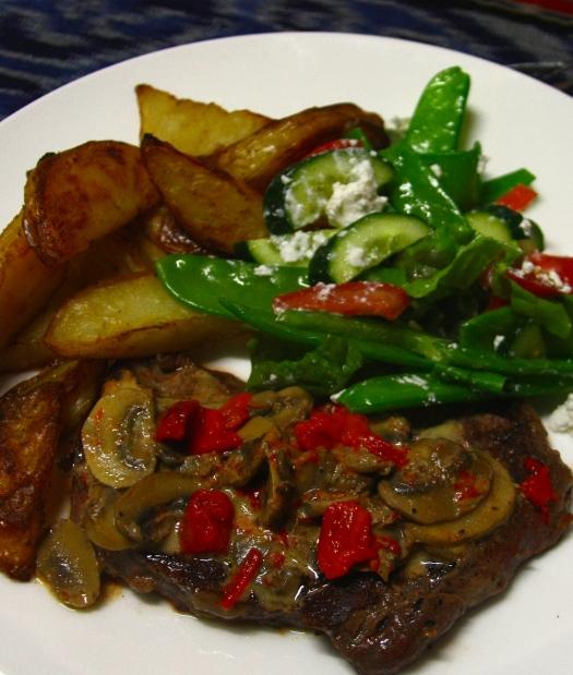 Steak & Chips Mushrrom sauce