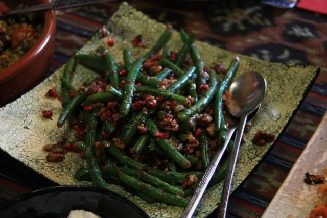 Bean pomegranate and walnut salad
