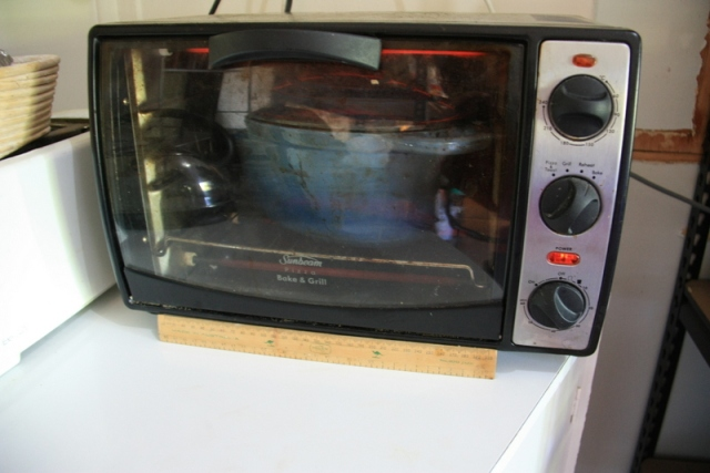 Toy oven