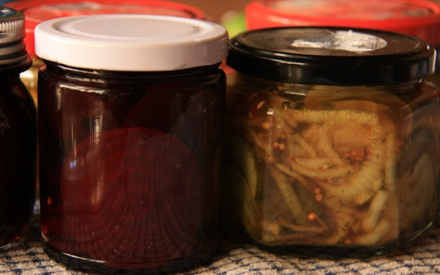 Pickled beet and cucumbers
