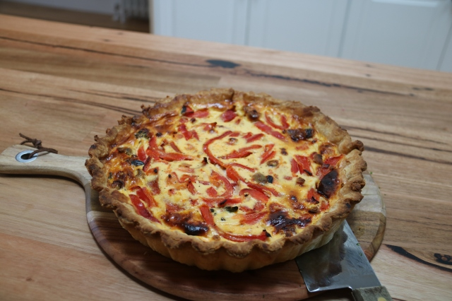 Red pepper quiche